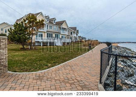 South Amboy, New Jersey-march 27: Waterfront Townhomes And Condos On The Raritan Bay As Seen On Marc