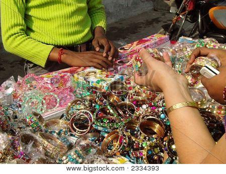Indian Girls Buying Churi