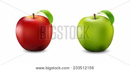 Red And Green Apple Set. Realistic With Leaf. Detailed 3d Illustration Isolated On White. Design Ele