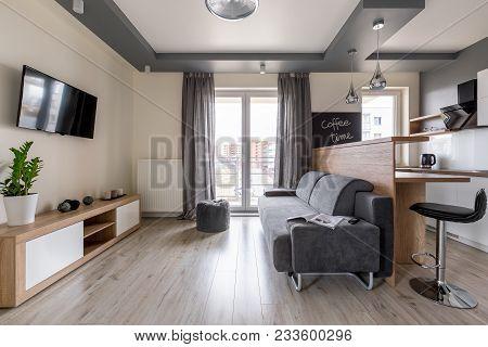 Modern Studio Flat