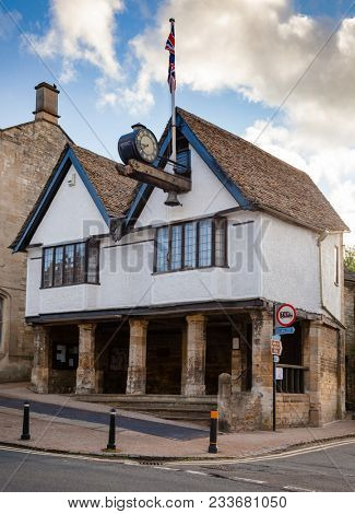 BURFORD, UK - JUN 13, 2013: Local museum of Burford (The Tolsey Museum), a black and white timber-fronted Tudor building on stone pillars