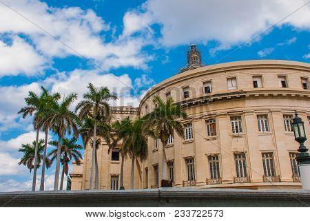 Capitolio Nacional, El Capitolio On Blue Sky Background With Clouds. Havana, Capital Of Cuba.