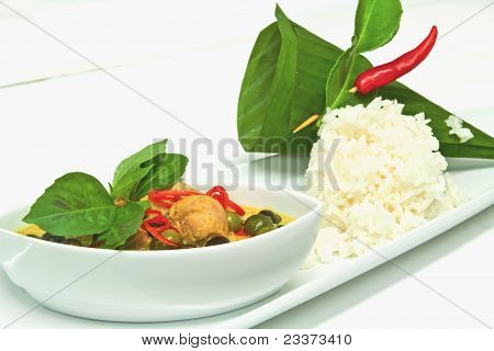 Green Curry Chicken With Eggplant