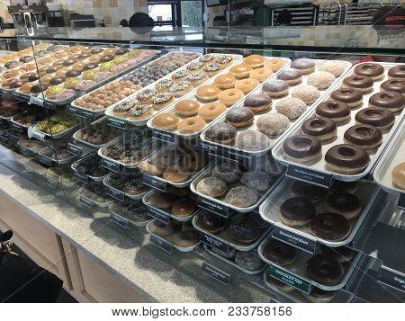 Mountain View, Ca - March 18, 2018. A Krispy Kreme Doughnuts Store And Coffee Chain Showcasing A Lar