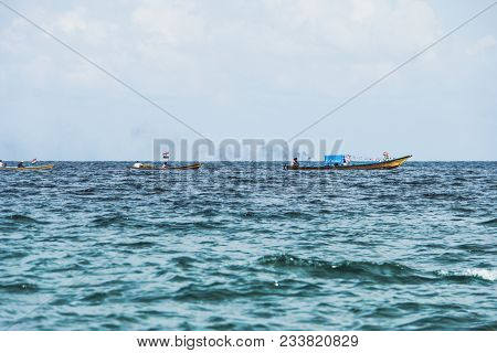 Wooden Fishing Boat On The Beach Fishing Boat On The Beach Blue Sky Background In India The Fishing