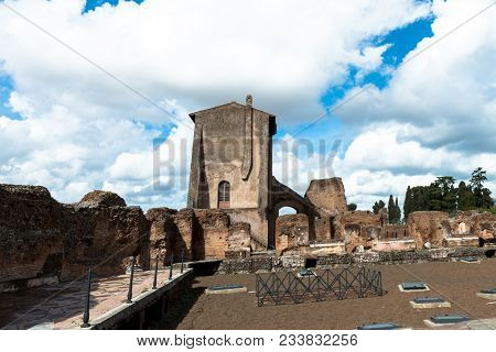 Horizontal Picture Of Ancient Building At Palatine Hill, Historical Landmark Of Rome, Italy