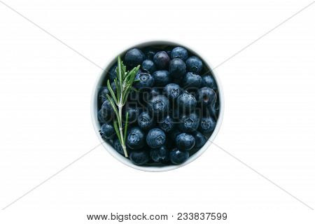 Fresh Wild Blueberries In White Bowl. Wild Blueberry On White Isolated Background With Clipping Path