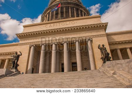 Capitolio Nacional, El Capitolio. Entrance By Stairs To The Building. Havana, Capital Of Cuba.