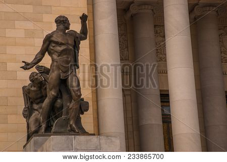 Huge Classical Sculptures. Capitolio Nacional, El Capitolio. Entrance By Stairs To The Building. Hav