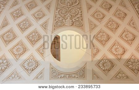 St. Petersburg, Russia - March 5, 2018: Antique Historic Interior Architecture With Round See Throug