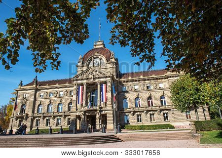 Building Of Strasbourg Palace Of The Rhine Palais Du Rhin . Prussian Architecture Palace Of The Rhin