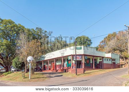 Pilgrims Rest, South Africa - May 21, 2019: A Street Scene, With The Historic Clewer Store Building,