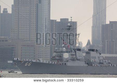 HOBOKEN, NJ  MAY 23: The warship USS Gonzalez (DDG 66) sails on the Hudson River past Manhattan during the Parade of Sail on May 23, 2012 in Hoboken, NJ. The parade is the start of Fleet Week.