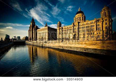 The Stunning Skyline - the Three Graces of Liverpool