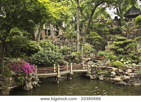 Yu Yuan Garden, Shanghai China