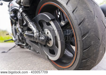 Motorcycle Transmission Belt Made Of Kevlar, Rear Suspension, Drive Gear, Motorcycle Tuning.