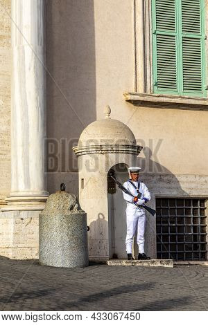 Rome, Italy - August 4, 2021: The Piazza Del Quirinale With The Quirinal Palace And The Guards In Mi