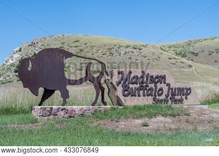 Madison Buffalo Jump Sp , Mt, Usa - July 2, 2020: A Welcoming Signboard At The Entry Point Of The Pr
