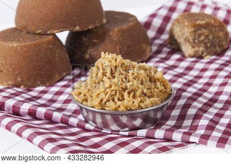 Panaela - Sugarcane Hard Molasses Or Jaggery And Sugar