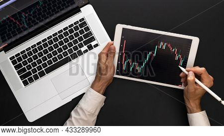 Business Graph. Finance Application For Sell, Buy And Analysis Profit Dividend Statistics. Investmen