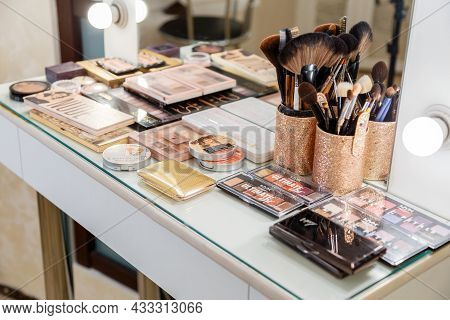 Professional Makeup Artist Work Space Table With Brushes, Cosmetic Products , Eyeshadow Palettes, Co