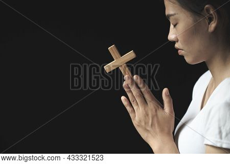 Girl Praying To God Both Hands Clasped The Cross. Ideas For Christ. Christianity. Catholic Religion.