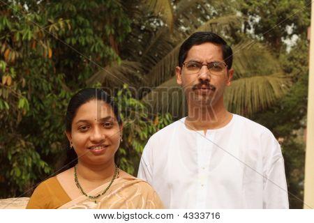 Smart indischen paar