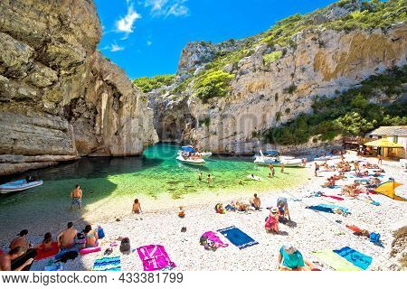 Vis, Croatia, August 21 2021: Famous Stiniva Beach On Vis Island Summer View. Beach Is Located In St