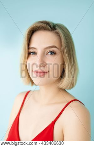 Natural Beauty. Pretty Woman. Casual Style. Model Shooting. Beautiful Smiling Lady Nude Makeup Looki