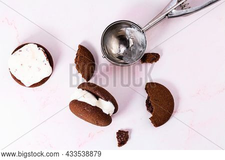 Homemade Chocolate Chip Cookie Ice Cream Sandwich