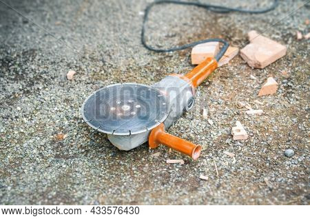 An image of an old used typical power cutter