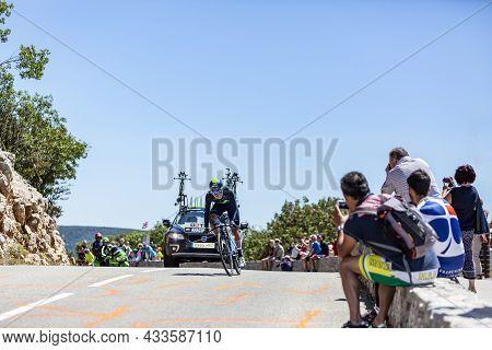 Col Du Serre De Tourre,france - July 15,2016: The Colombian Cyclist Winner Anacona Of Movistar Team