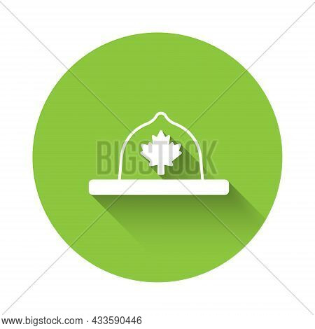 White Canadian Ranger Hat Uniform Icon Isolated With Long Shadow Background. Green Circle Button. Ve
