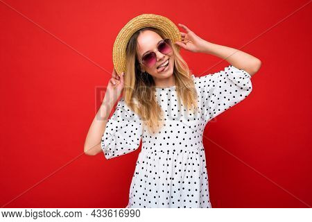 Attractive Positive Happy Young Blonde Woman Wearing Everyday Stylish Clothes And Modern Sunglasses