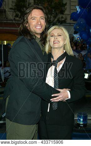 LOS ANGELES - APR 28: Hugh Jackman and Deborra-Lee Furness arrives for the ÔX2: X-Men UnitedÕ Los Angeles Premiere on April 28, 2003 in Hollywood, CA