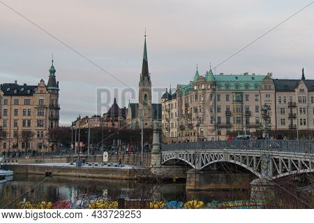 Stockholm, Sweden - December 30 2018: The View Of Ostermalm District With Arched Bridge And Oscar's