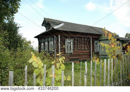 Rustic Wooden House. An Old Crumbling House In The Village. Rural Landscape. Village, Village. Rural