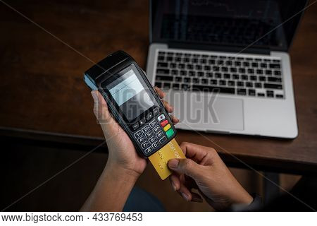 Card With Contactless Technology,payment Transaction With Card,online Payment,man Hands Holding A Cr