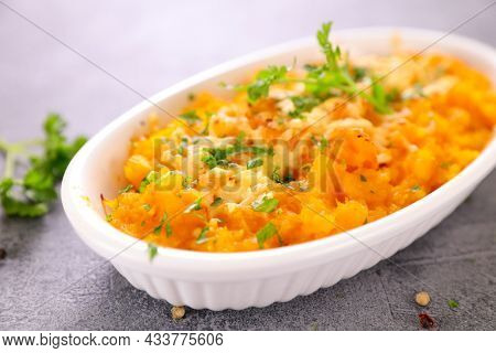 baked pumpkin gratin with cheese
