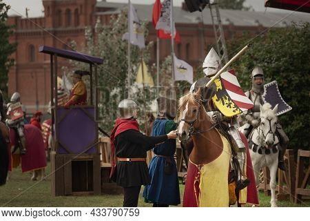 Knight In Armor With A Spear For A Tournament On Horseback, The Battle Of The Neva Festival, St. Pet