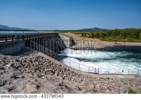 Grand Teton, Wy, Usa - Sept 5, 2020: The Jackson Lake Dam