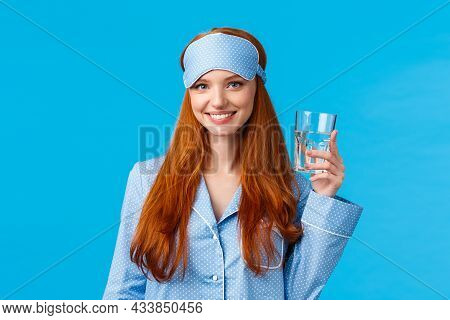 Waist-up Shot Glamour Redhead Woman Taking Care Health, Eating Healthy, Drinking Water, Wearing Slee