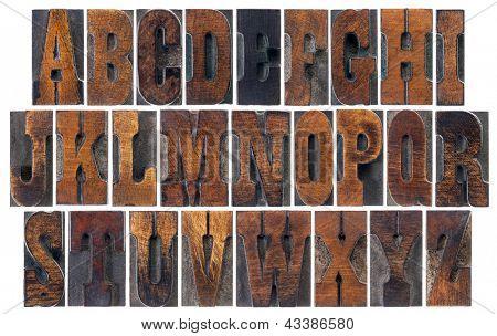 bloquea el alfabeto en el tipo de madera vintage tipografía, fuente Clarendon francés popular en películas del oeste un