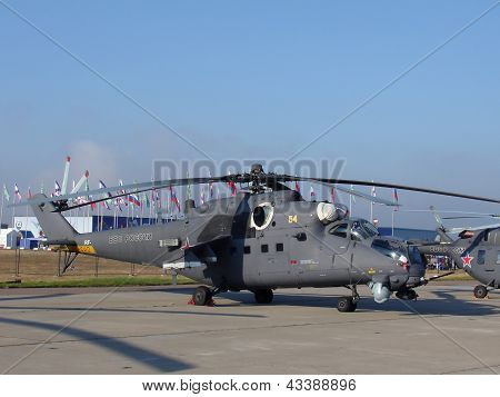 Military Helicopter Mi-35