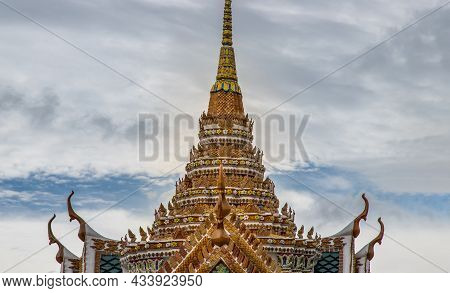 Bangkok, Thailand - Jun 19, 2020 : Beautiful Thai Architecture Of Buildings In The Temple Of The Eme