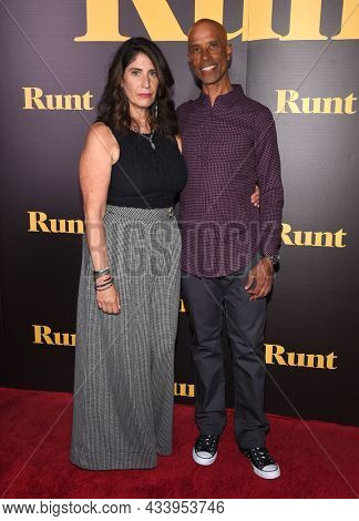 LOS ANGELES - SEP 01: Victor Boyce and Libby Boyce arrives for the 'Runt' Los Angeles Premiere on September 22, 2021 in Hollywood, CA