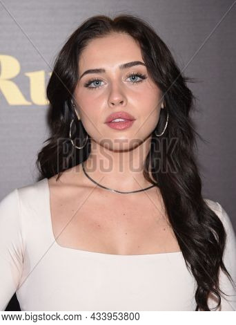 LOS ANGELES - SEP 01: Brenna D'Amico arrives for the 'Runt' Los Angeles Premiere on September 22, 2021 in Hollywood, CA