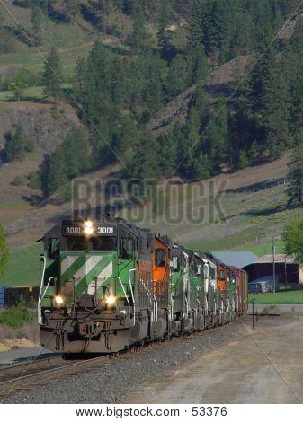 BNSF 3001 South
