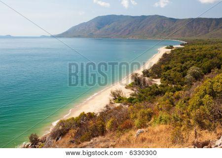 View Of Daintree Cape Tribulation Beach