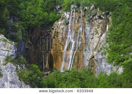 Slap-Waterfall